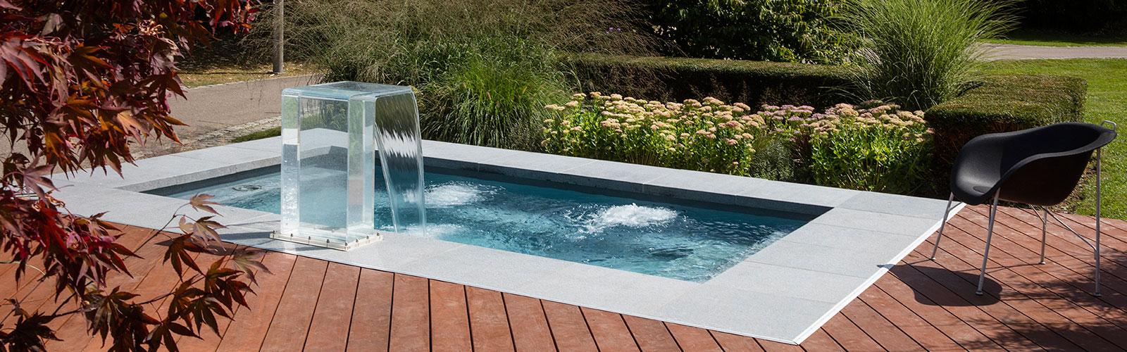 Vendiamo idromassaggi esterno e accessori per piscine